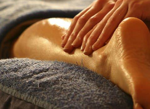 Banana Azul Deep Tissue Massage Slider 2 - Relaxing or Deep Tissue Massage in Manuel Antonio