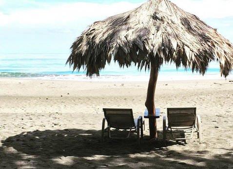 Banana Azul Relaxing Beachside Massage Slide 2 - Banana Azul Relaxing or Deep Tissue Massage