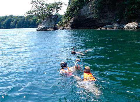 Cahuita Boat Snorkel Hiking Trip Slide 1 - Cahuita Boat, Snorkel & Hiking Trip