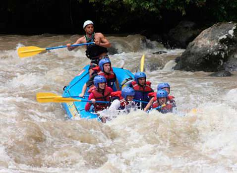 Pacuare Rafting Slide 3 - Pacuare River in Costa Rica - A White Water Rafting Paradise