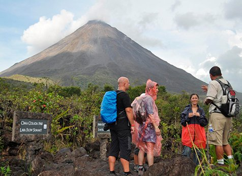 Arenal Hiking Hot Springs - Arenal Hiking & Hot Springs COMBO Tour: Volcano Hike & Baldi Hot Springs with Dinner