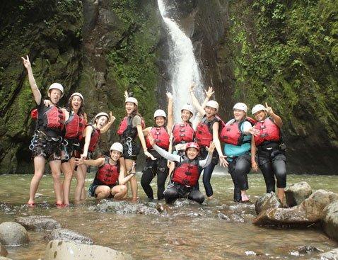 Gravity B - Gravity Falls Waterfall Jumping