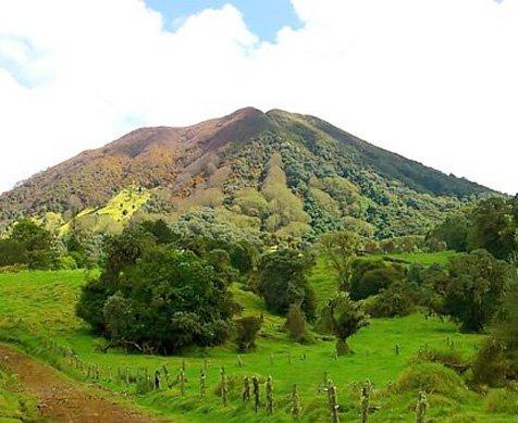 Turrialba y PV 1 - The Road Less Traveled